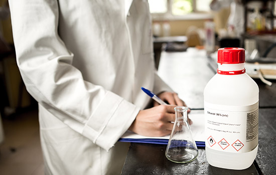 label-markets-ghs-chemical-labels-lab-labcoat-research-writing-dls
