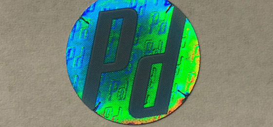 label_products-augmented-labels-circle-pd-hologram-gradient-dls-jpg