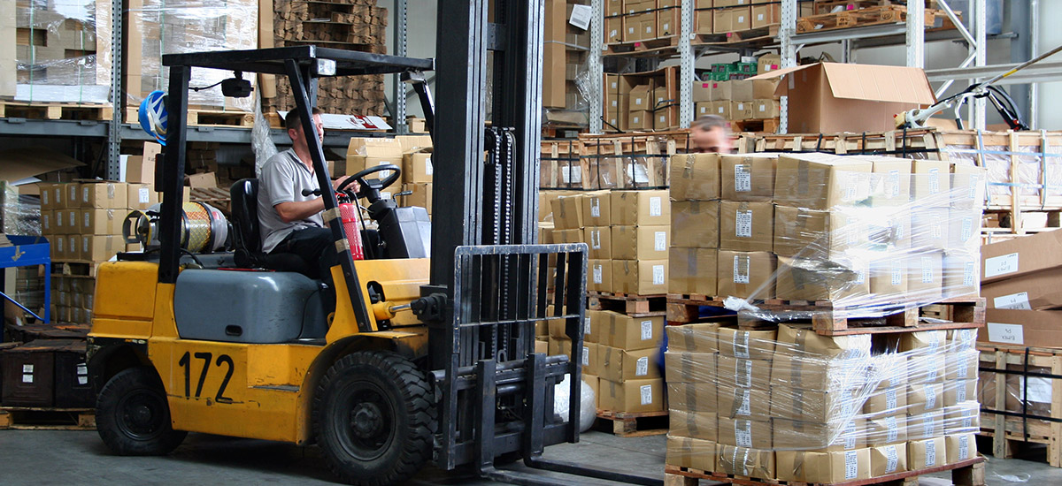 label-products-stock-labels-shipping-labels-man-forklift-pallets-dls